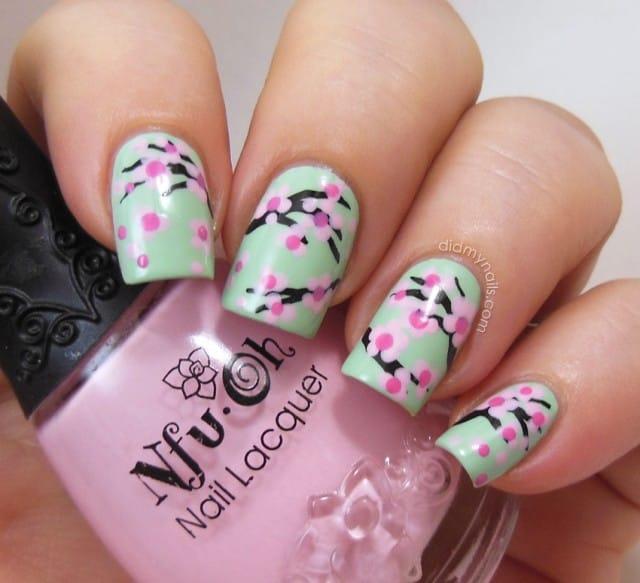 nail art primavera 2014 in tema floreale