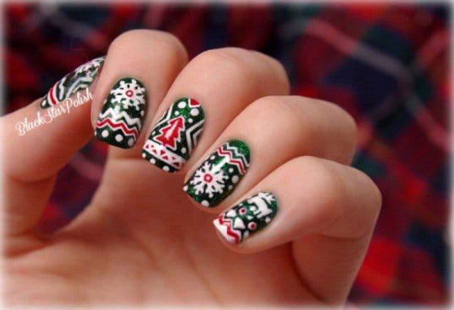 15christmas-nails-2014