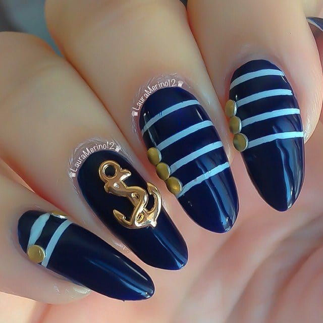 10nautical-nail-art