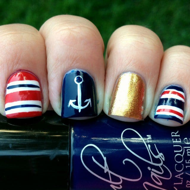 16nautical-nail-art