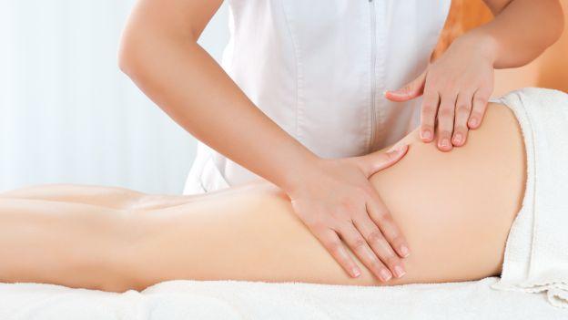 il massaggio per le creme anticellulite