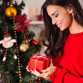Regali Di Natale Da Spendere Poco.I Regali Di Natale 2018 Tante Idee Natalizie Utili Che Accontentano